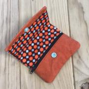 Kraftex naranja y tela geométrica